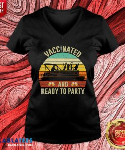 Vaccinated And Ready To Party 2021 V-neck - Design By Blablatees.com