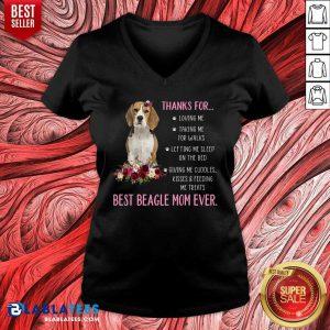 Thank For Loving Me Best Beagle Mom Ever V-neck